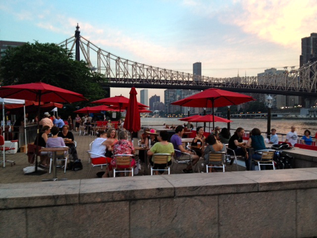 Margarittaville Comes To Roosevelt Island Pier Nyc Waterfront Restaurant Opens This Weekend Reviews Are In And They Good
