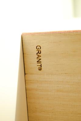 Saippuakuplia olohuoneessa. blogi, kuva Hanna Poikkilehto, Granit, vanerilaatikko, sisustus, makuuhuone, koti,