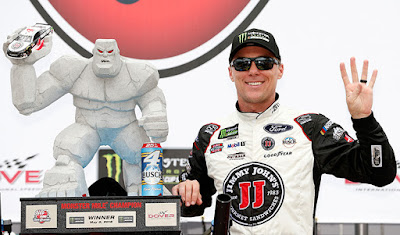 Harvick Wins Fourth #NASCAR #MENCS Race!