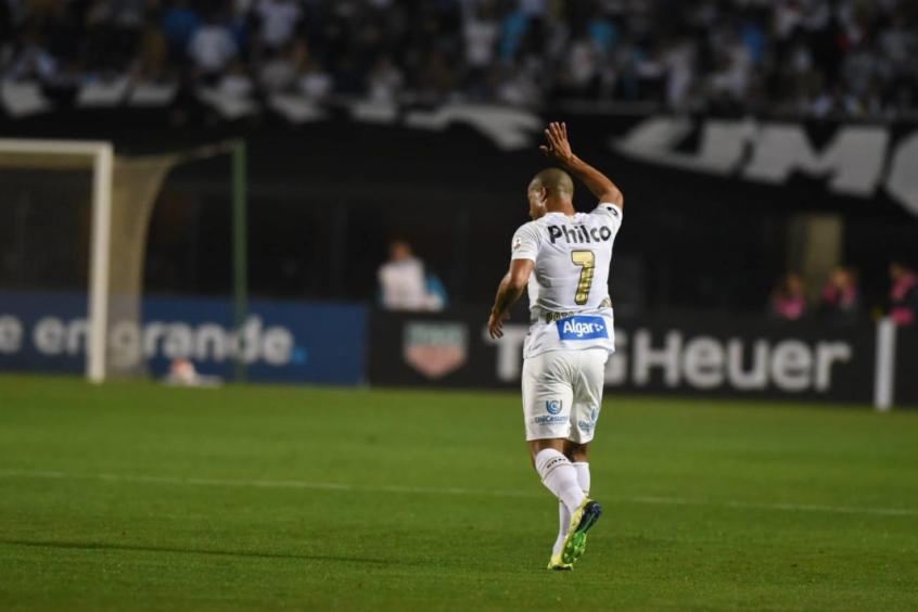 Carlos Sanchez, meia santista tenta encontrar a boa fase novamente e é uma ótima opção para terceira rodada do Cartola FC 2020