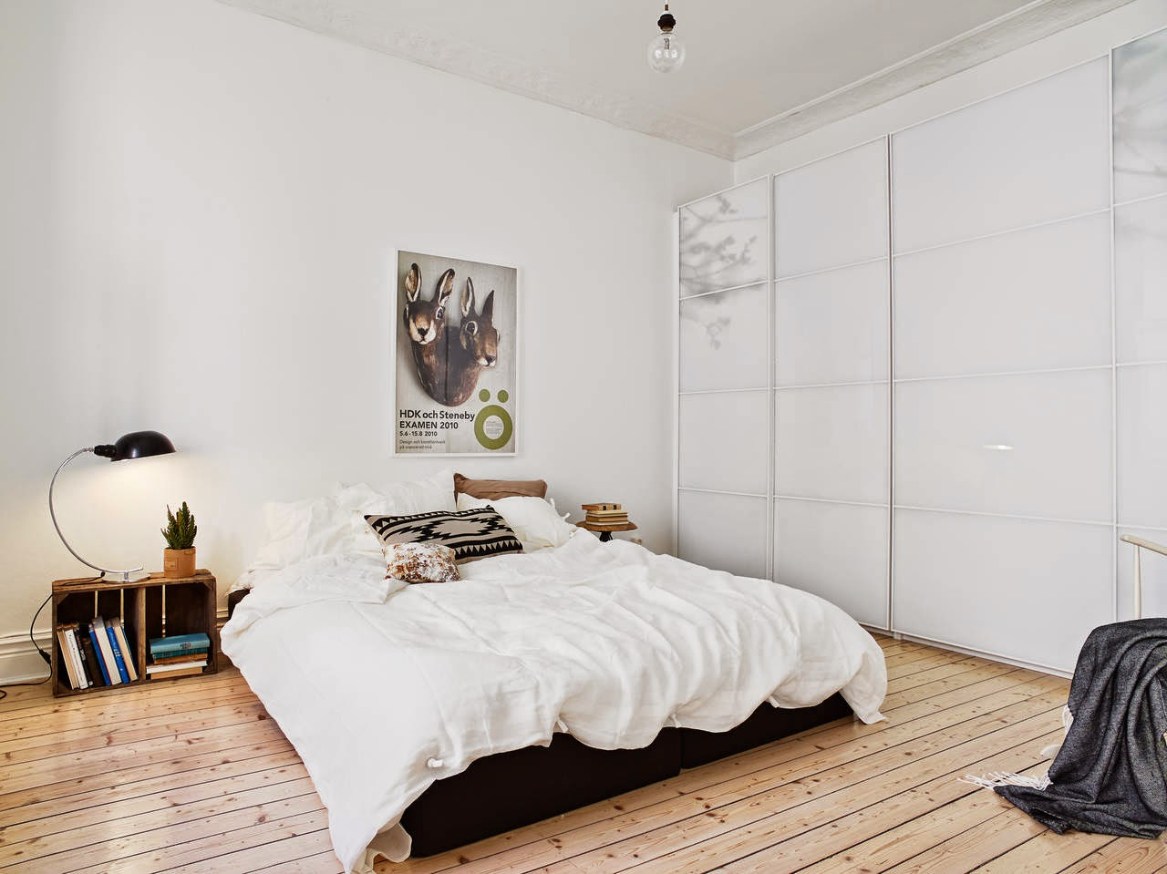 my scandinavian home a lovely gothenburg apartment to kick off the week. Black Bedroom Furniture Sets. Home Design Ideas
