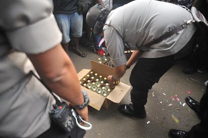 Polwan Beri Miras ke Pendemo Papua, Polda Jabar: Tidak Mewakili Polisi!