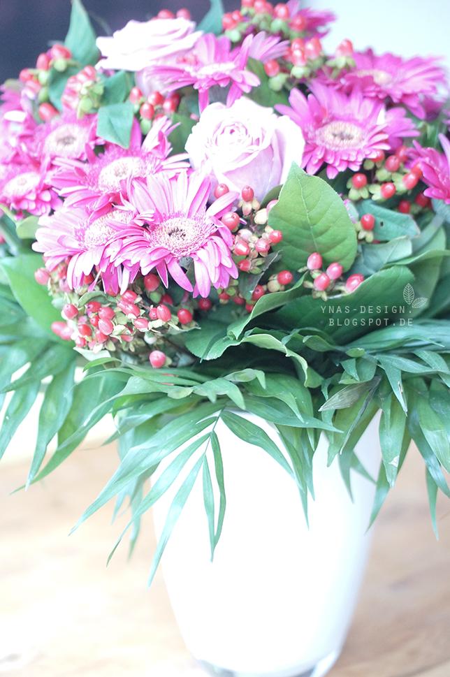 Ynas Design Blog, Blumen, Blumenstrauß in Pink