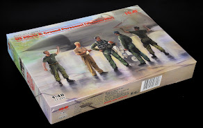 Construction Review: 1/48th scale US Pilots & Ground Personnel (Vietnam War) from ICM