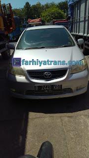 Ekspedisi FARHIYAtrans mengirim mobil Toyota Vios NoPol B 2440 KBI dari Surabaya tujuan ke Jayapura dengan kapal cargo dan driving (door to port) estimasi 2 minggu.