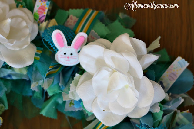 Easter, Spring, Craft, Wreath, Bunnies, Ribbon, Rag, handmade, athomewithjemma.com