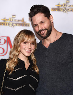 Alexa Havins with her husband Justin Bruening