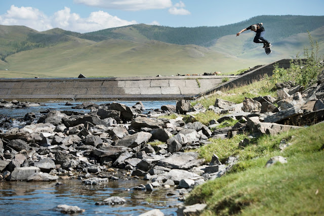 OUT OF STEPPE ein Skatemovie von Carhartt Work In Progress