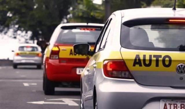 Senado aprova fim da exigência de CNH na categoria D para instrutor de trânsito