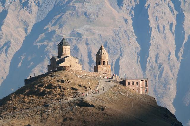 http://fotoblog.interfolio.pl/2020/06/gruzja-kaukaz.html