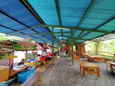 Tempat jajan di floating market