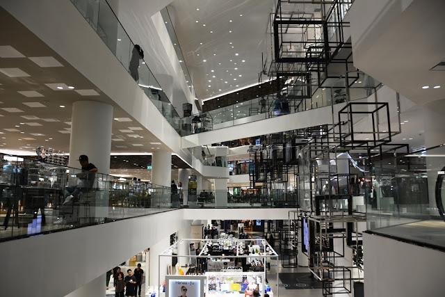 Siam Square Bangkok modern shopping