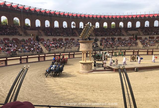 Espectáculo romanos le signe du tryumphe puy du fou en autocaravana
