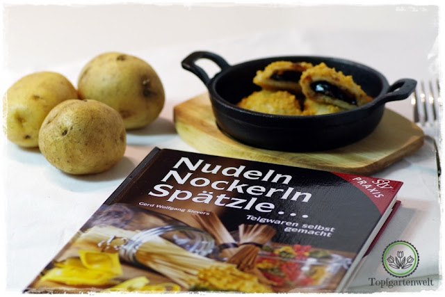 Gartenblog Topfgartenwelt Buchvorstellung Nudeln, Nockerln, Spätzle ... Teigwaren selbstgemacht - Rezept Powidltascherl - Leopold Stocker-Verlag