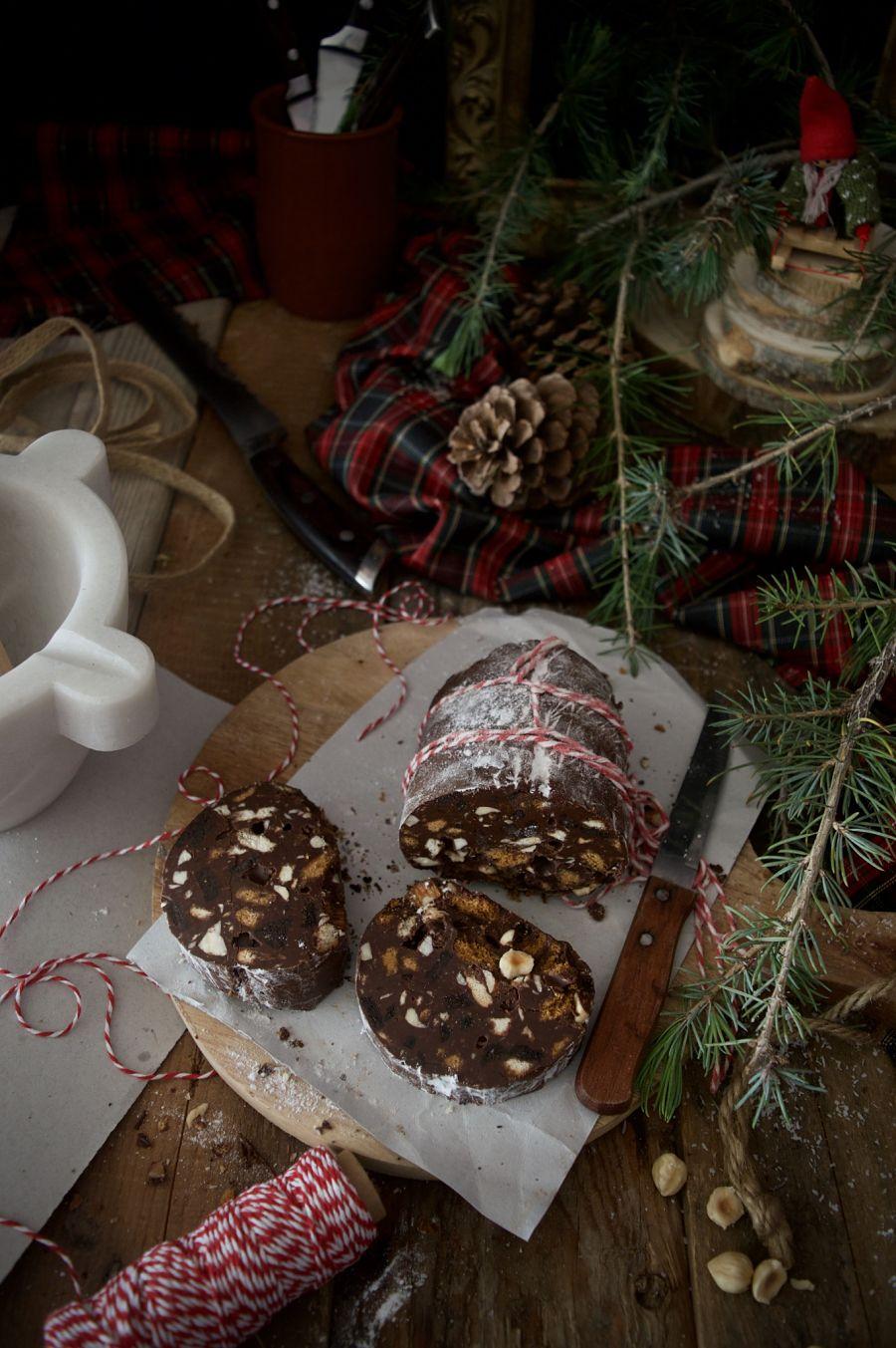 salami-de-chocolate-galletas-y-frutos-secos-para-navidad