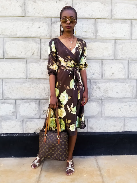 How To Wear A Silk Dress Effortlessly For The Day