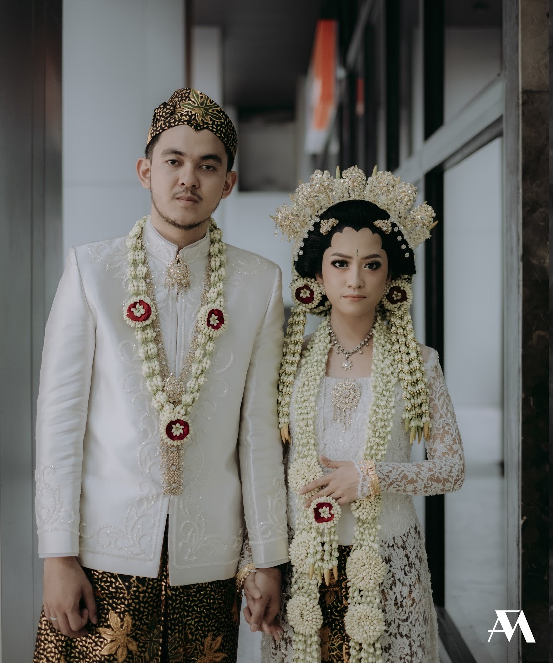 Wedding Journey: Rias Pengantin Madura Lilin dan Betawi Modern — C