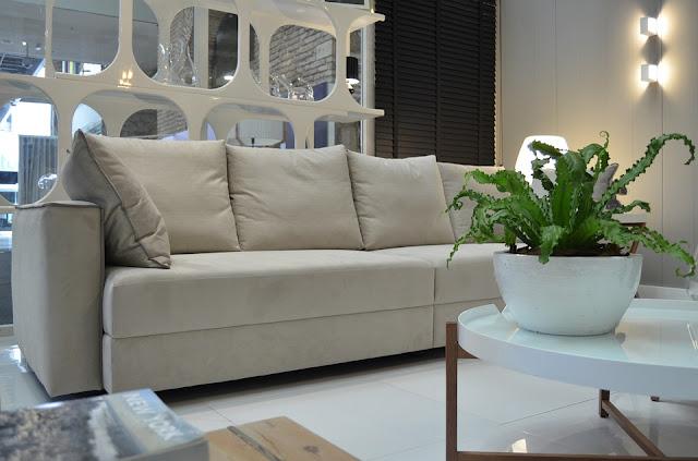 divano-tessuto-sedia-pulizia