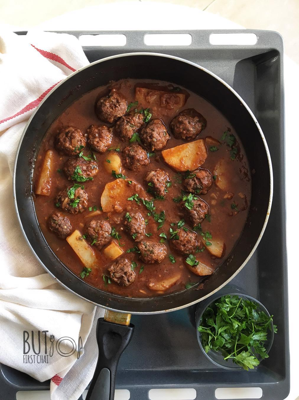Daoud Basha | Lebanese Meatballs in Tomato Pomegranate Molasses Sauce