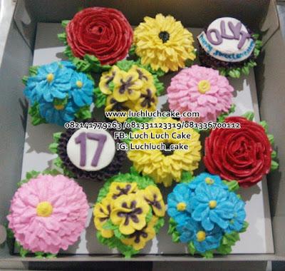 Cupcake Buttercream Bunga