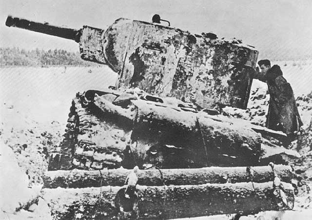 KV-2 Beutepanzer on 28 January 1942 worldwartwo.filminspector.com