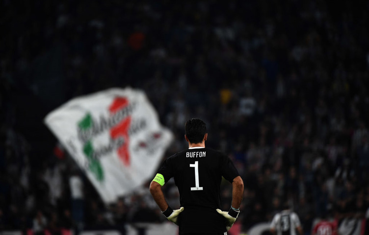 """Buffon: """"Zasluge pripadaju Higuainu"""""""