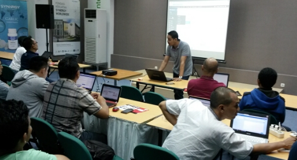 Tempat Kursus internet marketing via online Di Surabaya