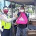 HUT ke-75 RI, Polsek Tambun Metro Bekasi Bagikan Masker dan Sembako pada Warga