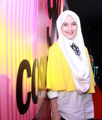 Andhara Early sudha pakai Hijab dan Gamis mantan model majalah Playboy tampil pakai hijab dan hijrah jadi semakin manis