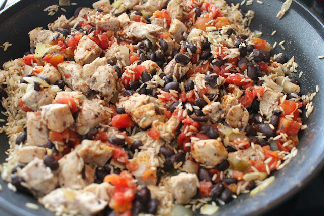 Easy One Pan Chicken Burrito Bowl Recipe