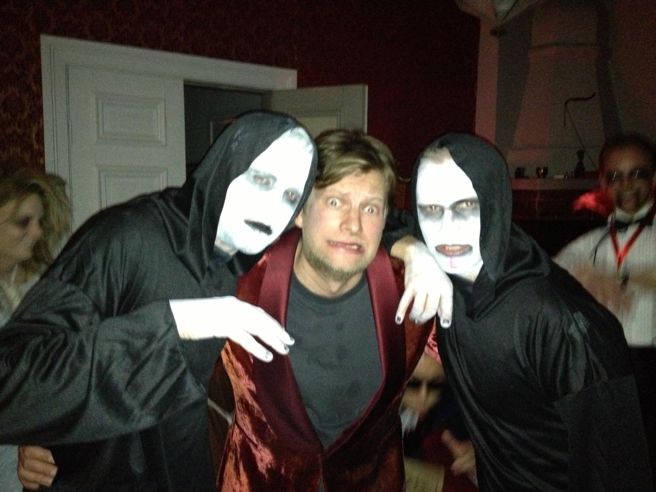 Kusliga bilder från Halloweenfesten. eff9943c747db