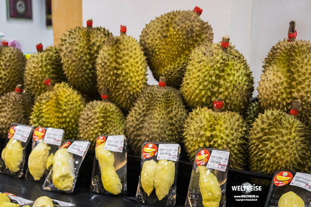 Stinkfrucht Durian. Patong Beach, Puhket, Thailand.