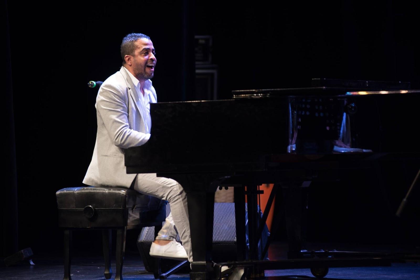 Image result for Cuban piano player Roberto Carlos ''Cucurucho'' Valdés