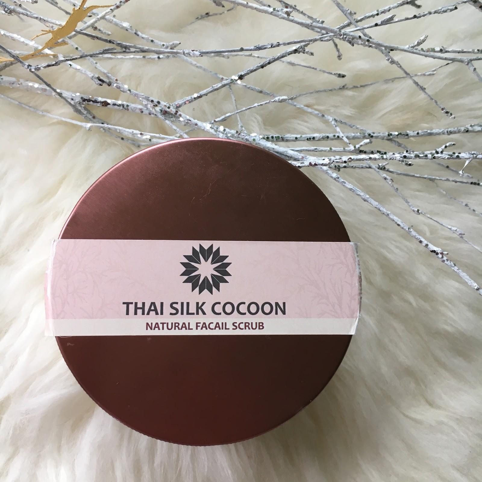 Daw Thale, Thai Silk Cocoon, Natural Facail Scrub, czyli kokony jedwabnika w pielęgnacji skóry twarzy.