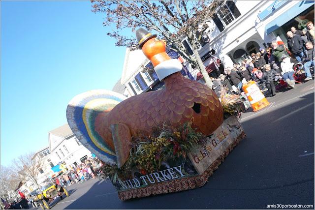 Carroza del Pavo en el Desfile de Acción de Gracias de Plymouth
