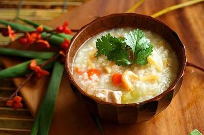 Cháo gạo tẻ - món ăn phòng ngừa và chữa trị bệnh viêm đại tràng