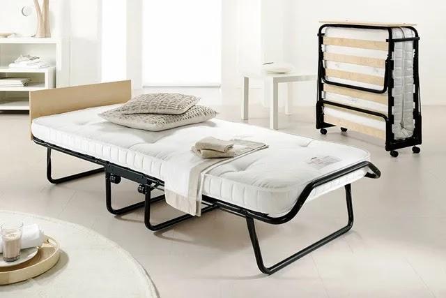 Portatif katlanır yataklar, kullanmadığınız zaman katlanıp kolaylıkla taşınabilen ve saklaması kolay yataklardır.