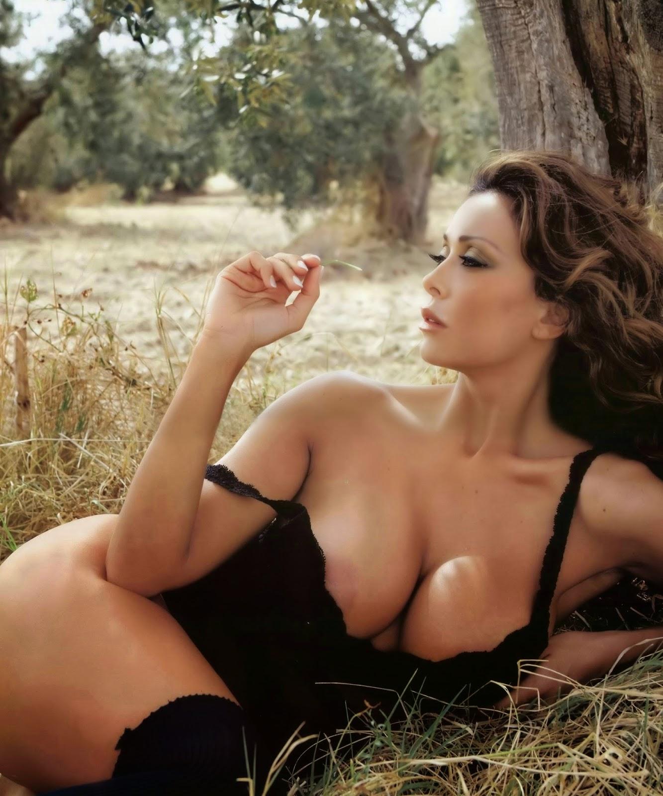 Sara Varone A Modern Italian Milf Or Italys Number One Goddess