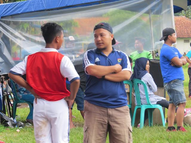 Coach Tim Sepakbola MA Nurul Huda Kawali