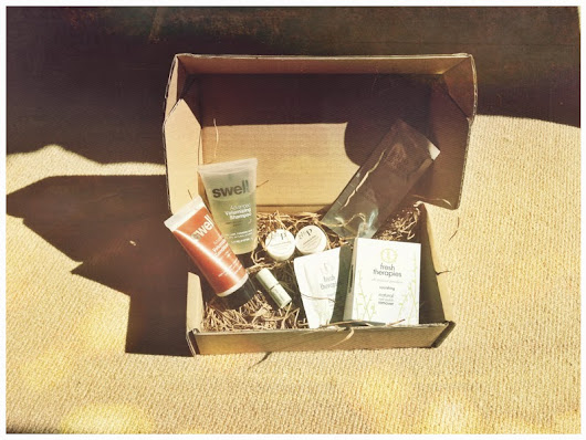 LOVELULA BEAUTY BOX: MAY