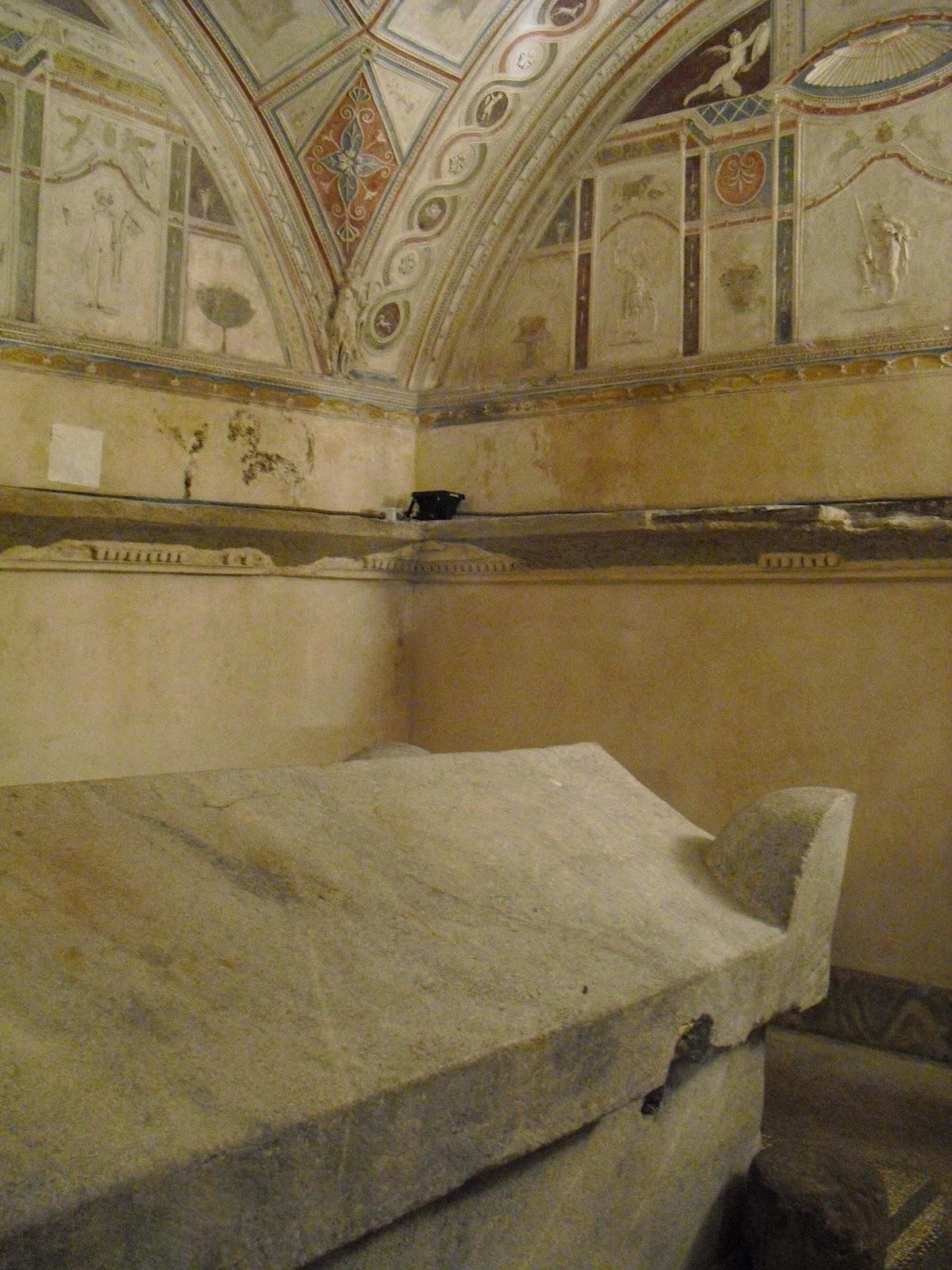 Sarcofago seconda sala