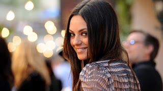 Mila Kunis cute smile wallpapers