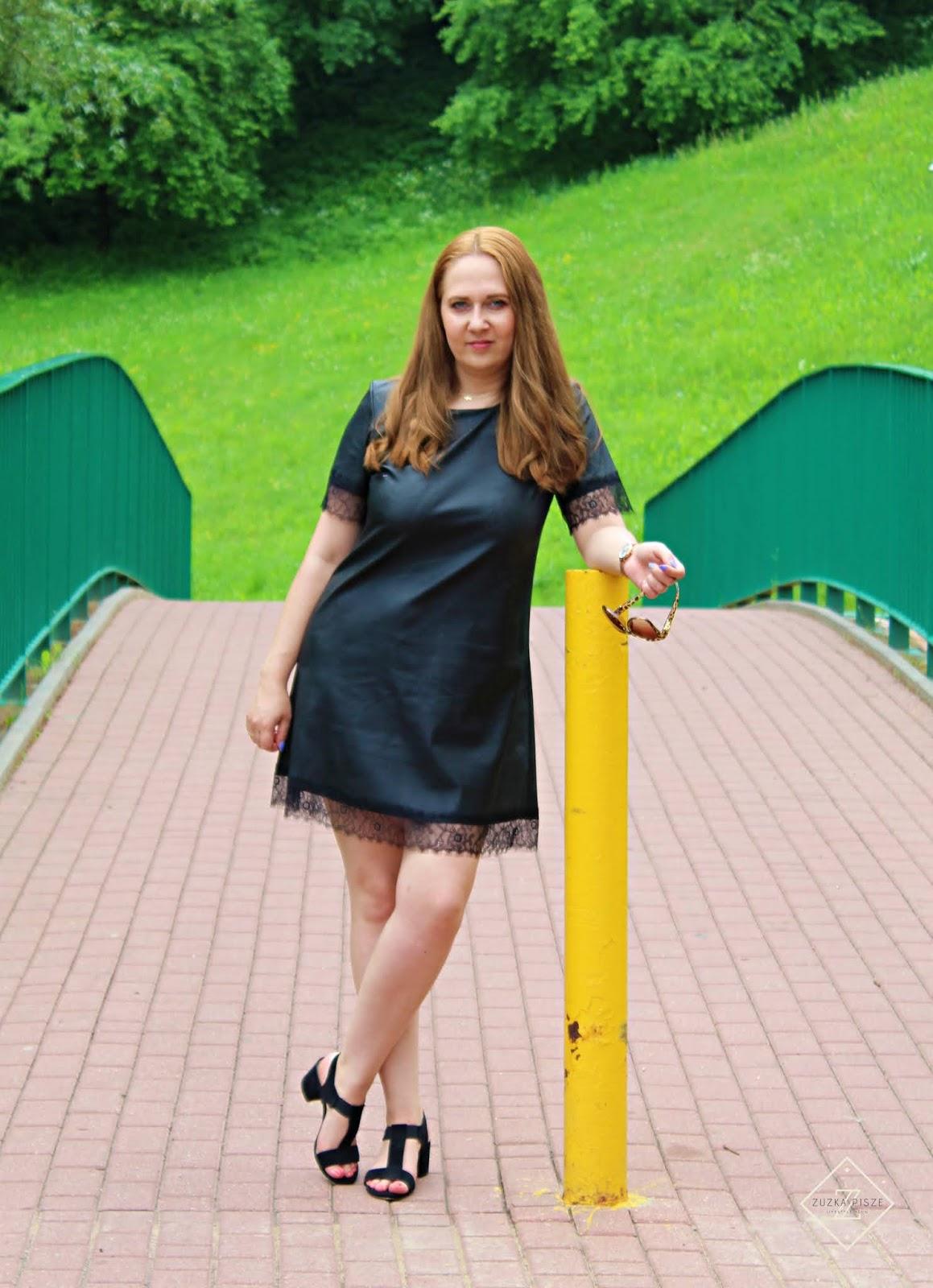 Sukienka trapezowa z eko skóry MIRANDA z koronkowymi wstawkami - GRANDIO.pl
