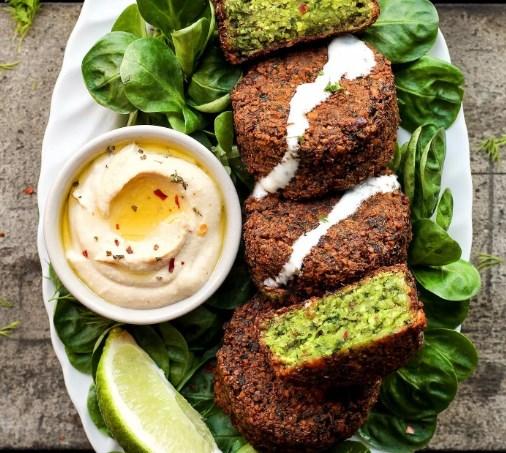Magical Green Falafels #vegetarian #falafelrecipe