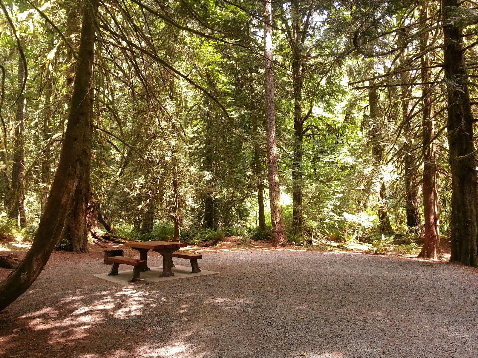 vancouver island campgrounds