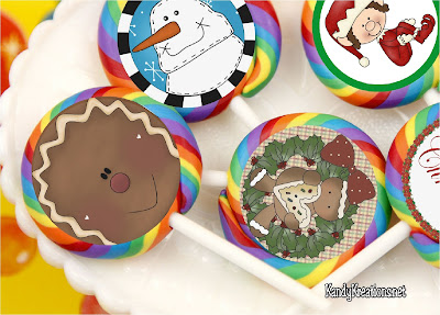 Decorate the candy in your Christmas stocking with these printable stickers.  With snowman, elves, and gingerbread these stickers will bring a smile to everyone on your Christmas list.