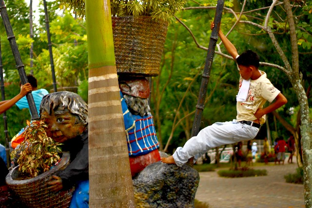 people's park davao photo by nephithyrion