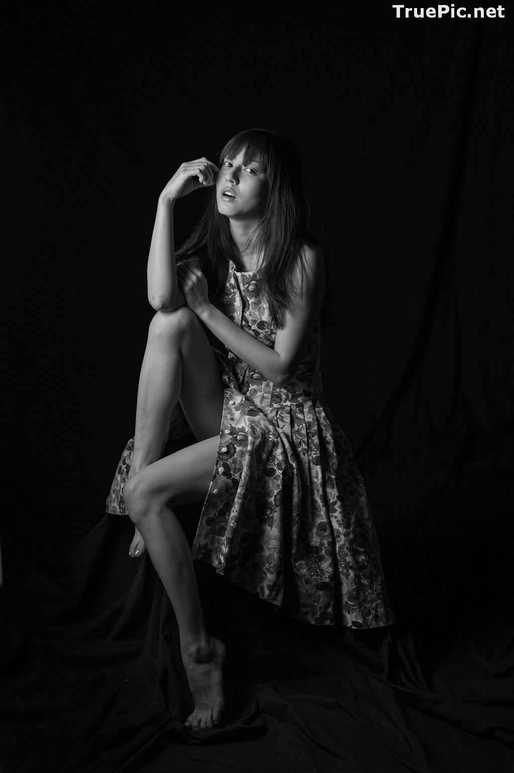 Image Japanese Model and Actress - Yumi Sugimoto - Yumi Mono Chrome - TruePic.net - Picture-3