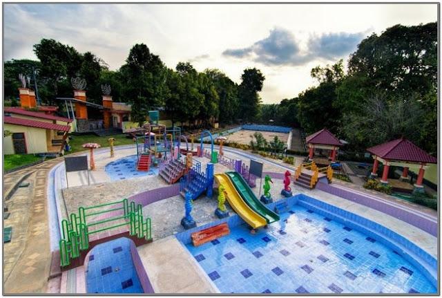Dander Water Park;10 Top Destinasi Wisata Bojonegoro;