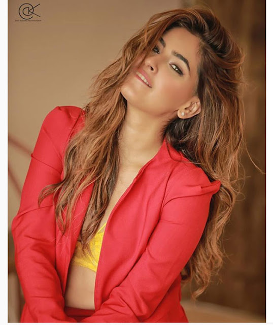 Karishma Sharma  IMAGES, GIF, ANIMATED GIF, WALLPAPER, STICKER FOR WHATSAPP & FACEBOOK
